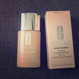 Clinique Even Better Foundation Breeze